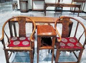 教新藏家如何购买红木家具_0